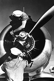 II wojna światowa: cena imperium: Nadciągająca burza (1)