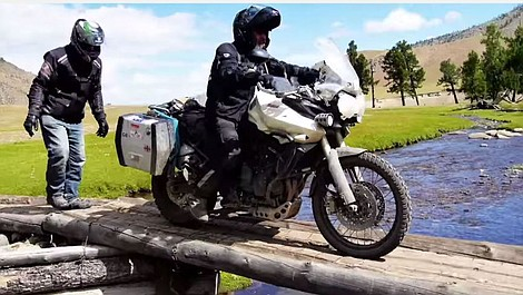 Motocyklem przez Syberię (2-ost.)