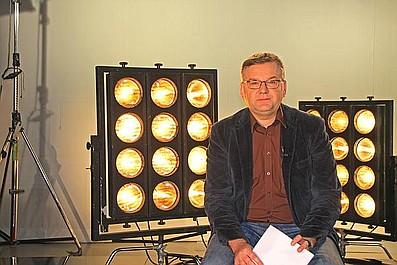 """Muzeum Polskiej Piosenki, czyli historia jednego przeboju: """"Windą do nieba"""" - 2 plus 1 (16)"""