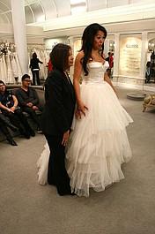 Salon sukien ślubnych: Dwa style, jedna suknia