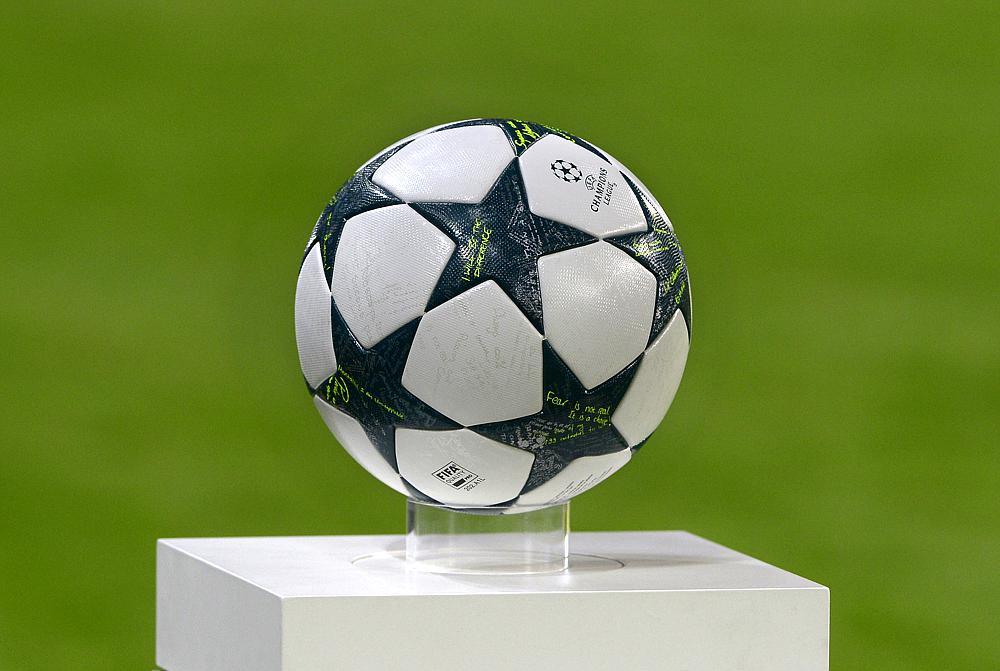 77a49aa36 Piłka nożna: Liga Mistrzów - studio