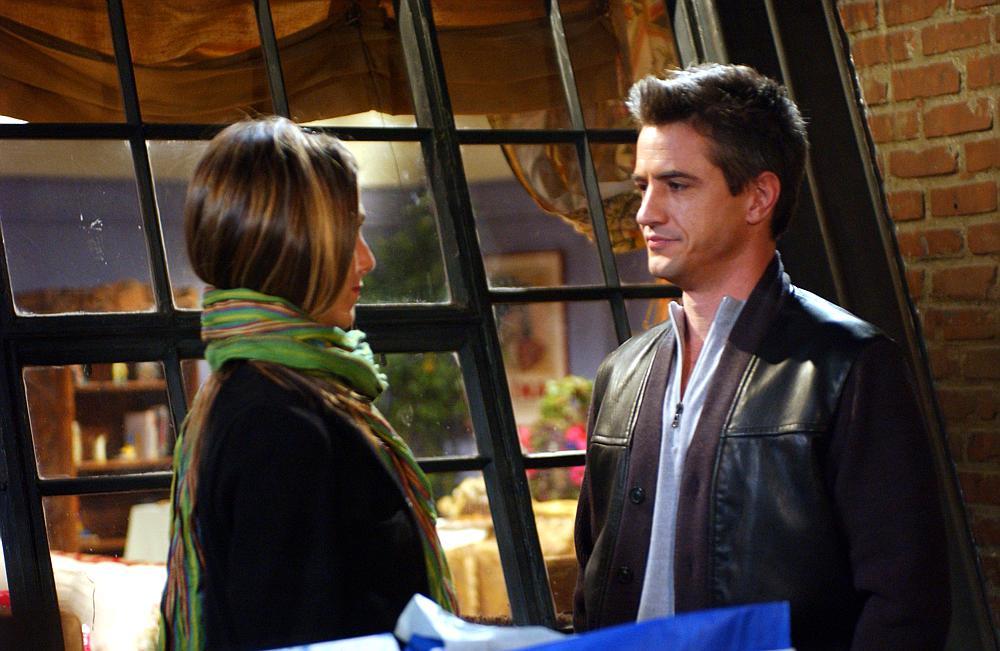 kiedy Chandler i Monica zaczynają się umawiać randki online norwich