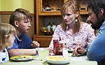 Kino Mówi: Dzieci: Premiera: Cztery słońca